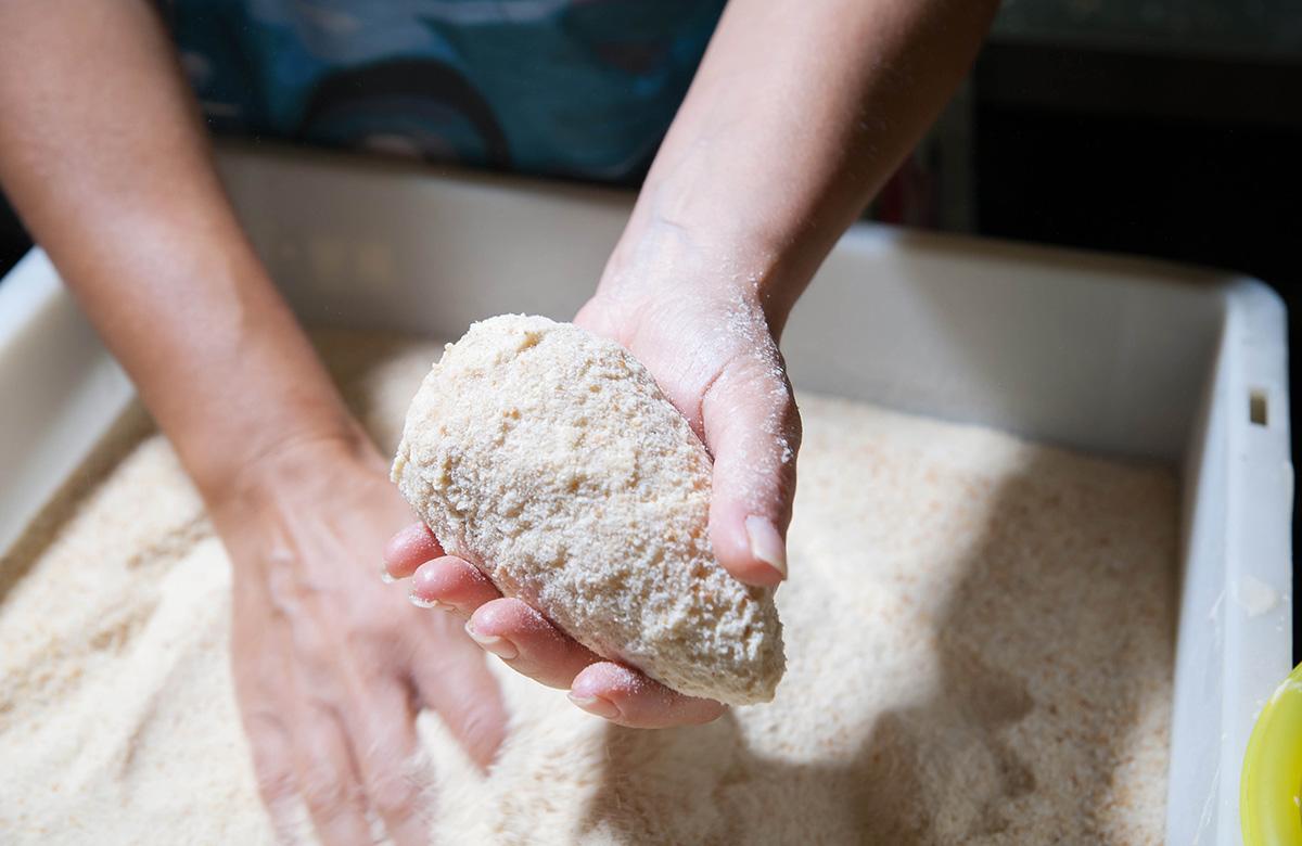 Impanare arancini di riso