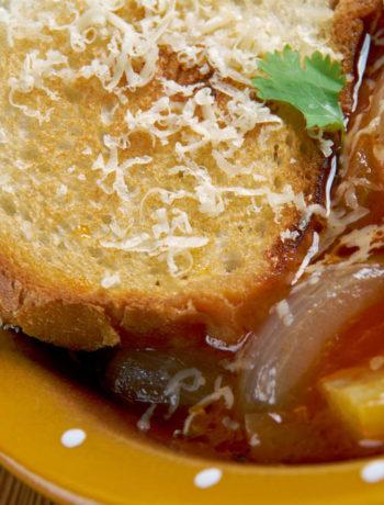Acquacotta di Santa Fiora; zuppa toscana di verdure, pancetta e pane raffermo