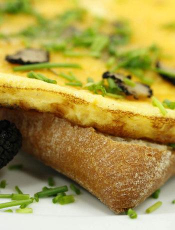 Frittata con tartufo nero